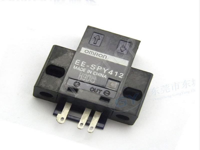new EE-SPY412 Omron photoelectric switch
