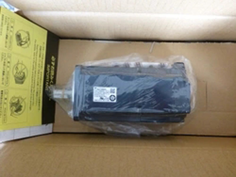 SGMAS-08ACA4C Yaskawa servo motor New and Original